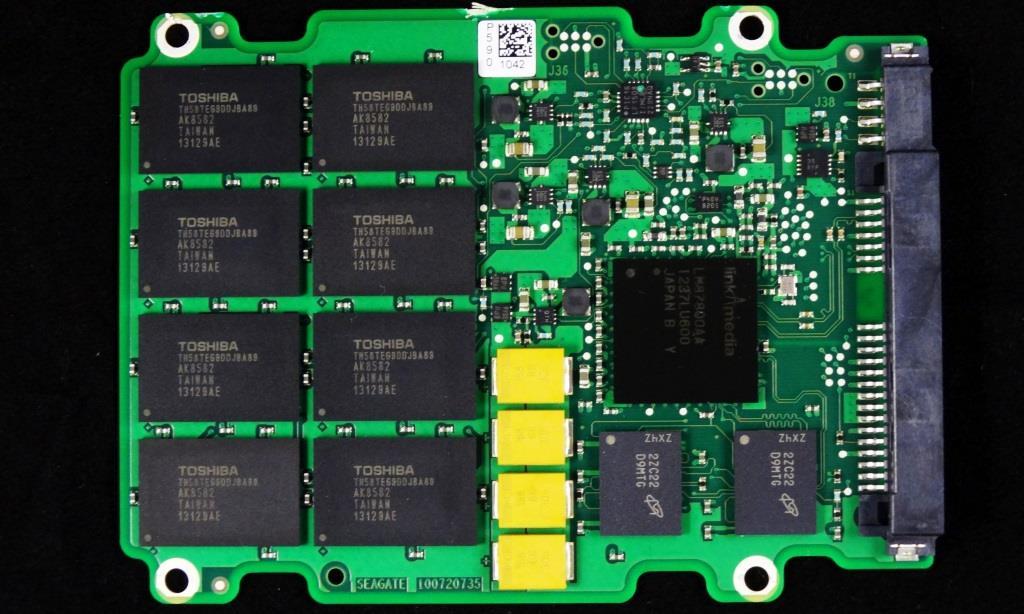 Seagate 600 Pro SSD PCB Front