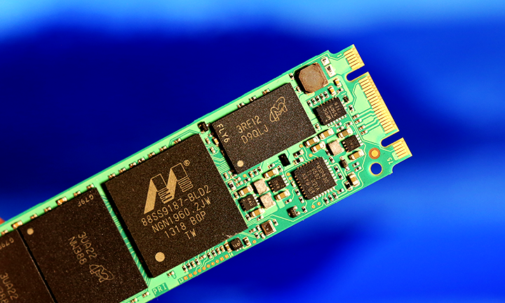 Crucial M500 M.2 NGFF SSD Micron DRAM Cache