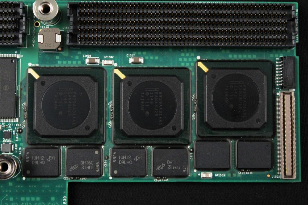 Intel-Hitachi-Processors2