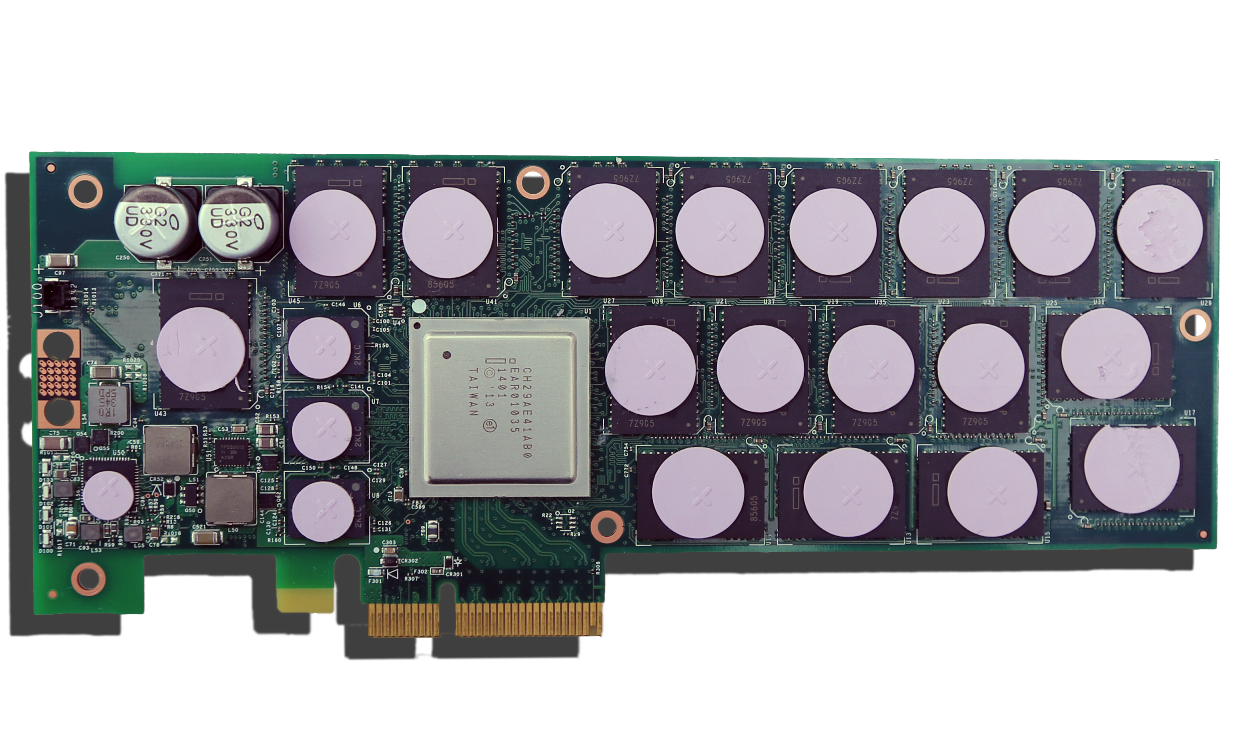 Intel P3700 PCB Front2