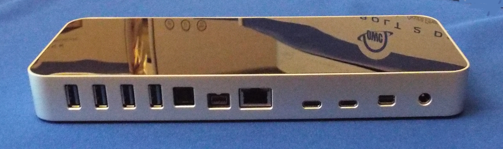 thunderbolt-3-dock-front-view