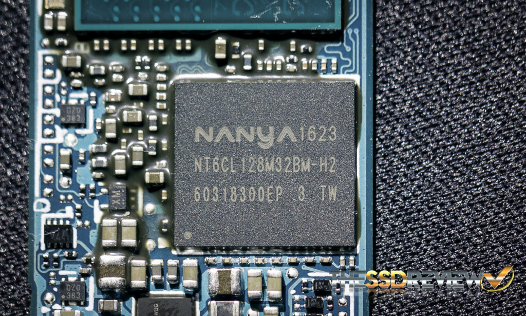 Toshiba XG5 1TB NVMe SSD Nanya Buffer