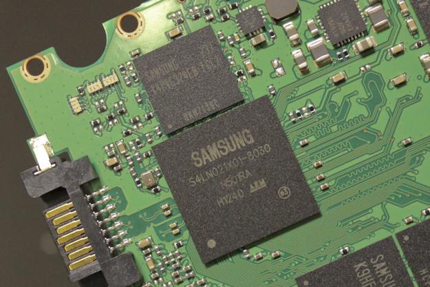 Samsung SM843 - Top Controller