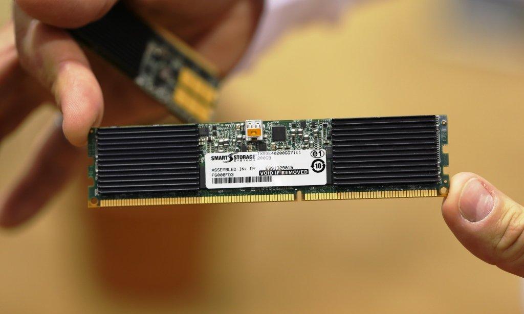 SMART-UltraDIMM-Front