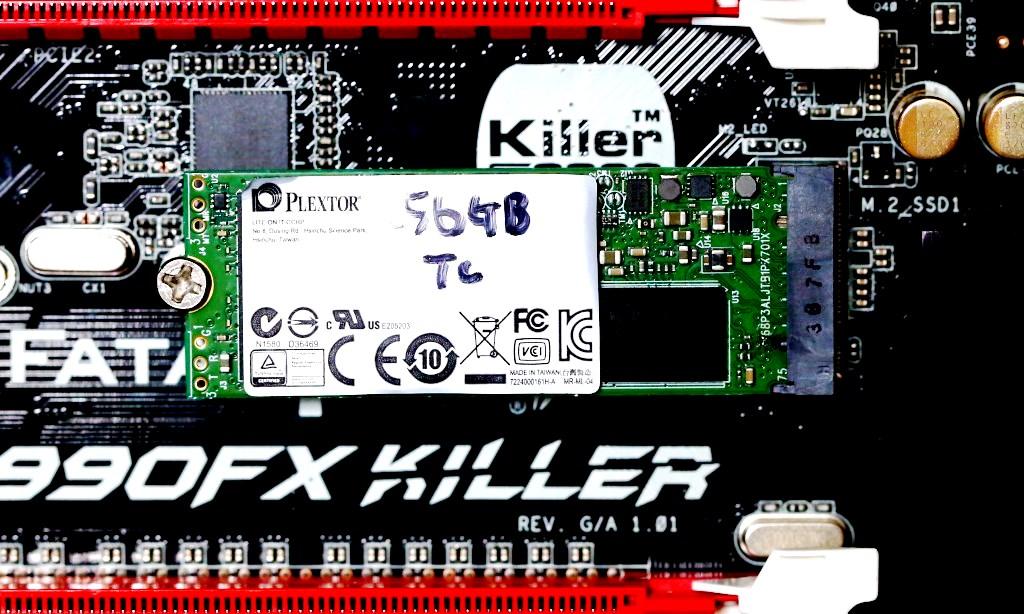 Plextor M6e 256GB PCIe X2 M.2 SSD in ASRock FX990 Killer Mobo