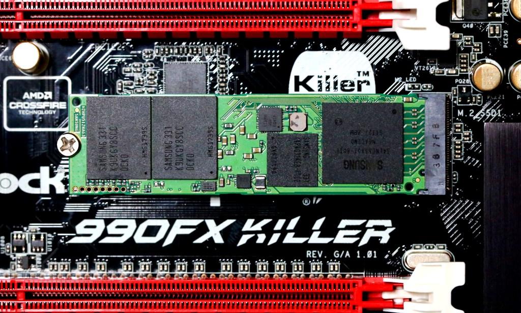 Samsung XP941 512GB PCIe X4 M.2 SSDin ASRock FX990 Killer Mobo M.2