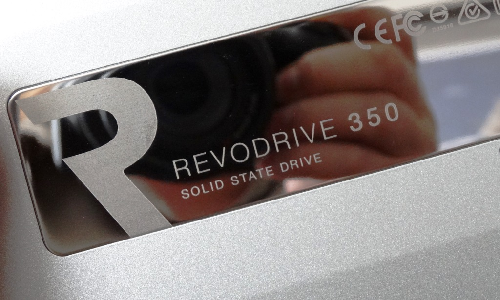 OCZ RevoDrive 350 Reflection