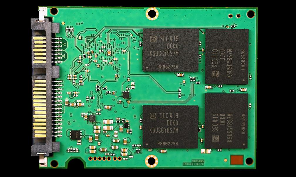 Samsung 850 Pro SSD PCB Back