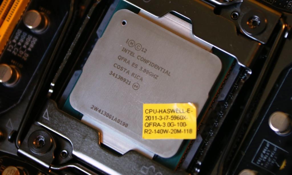 Intel i75960X CPU