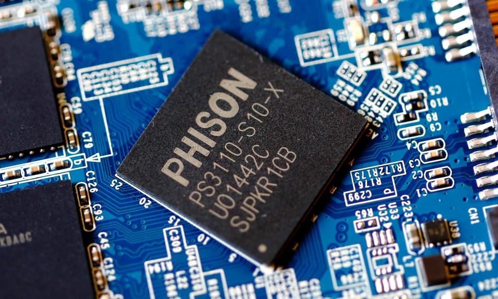 Corsair Neutron XT 240GB SSD Phison Controller