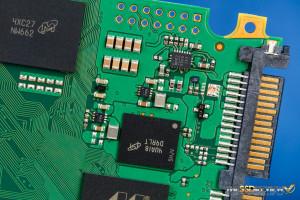 Crucial MX200 500GB Powerloss circuit