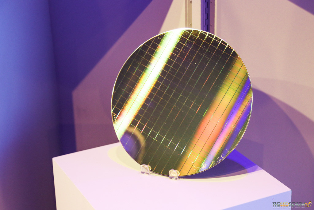 20nm 128Gbit 3D XPoint Wafer