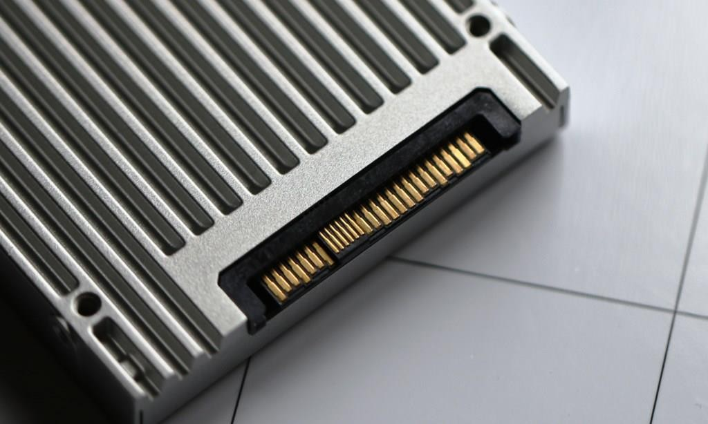SFF Connector