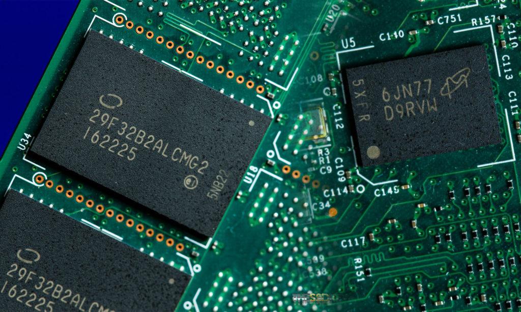 Intel DC P3520 1.2TB DRAM and NAND